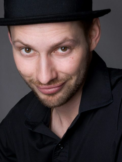 Profilbild von Herrn Schmitt mit Hut